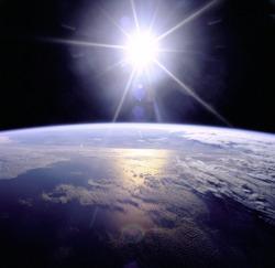 freephoto_earthligh_250px_wikipedia